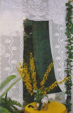 rideaux en crochet sur pinterest filet crochet crochet et picasa. Black Bedroom Furniture Sets. Home Design Ideas