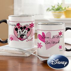 LOVE LOVE LOVE these Valentine's Day Disney Gifts that you can personalize from PersonalizationMall! They have the cutest designs with Mickey & Minnie on all sorts of different gifts! #Disney #Valentine