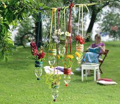 5 hermosas ideas para decorar el jardín con botellas recicladas. | Mil Ideas de Decoración