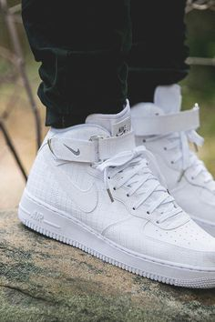 huge selection of 6c66f 71054 NIKE Air Force 1 Mid  07 Lv8  crosshatch  crosshatching  quilted