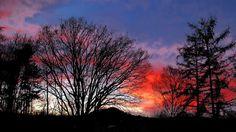 Der Endspurt beim Weihnachtsplätzchenbacken,  ... st deutlich zu sehen. Die Engel legen noch eine Schippe drauf. Sonnenuntergang um 17.00 Uhr heute, 22.12.2015 bei Hilbringen. :-)