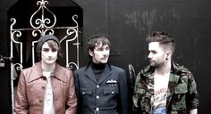 L'Aguicheuse » Kill The Young – Finger For Guns : l'arme au poing Music Articles, Finger, Blog, Fingers, Blogging
