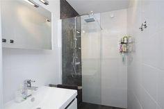 Compacte badkamer met inloopdouche