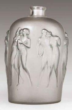 Lalique Vase Douze Figurines, c. 1920
