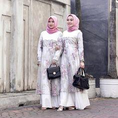 Kebaya Dress, Fashion Dresses, Women's Fashion, Brokat, Muslim Fashion, Baby Outfits, Beauty Makeup, Party Dress, Bridesmaid
