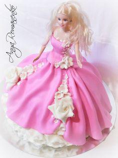 Barbie Cake Barbie Doll Birthday Cake, Barbie Torte, Bolo Barbie, Birthday Cake Girls, Princess Torte, Princess Diaper Cakes, Elsa Torte, Fantasy Cake, Cake Pops