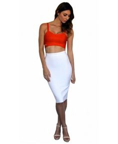 Pick up a few crop tops and some skirts to always have the perfect outfit in hand.