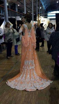 Luxury Dress Elegant Abaya Dubai Kaftans Caftan Beaded Long Sleeve Arabic Evening Dress O-Neck A-Line Party Dress Long L05