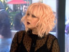 Cyndi Lauper shows 'True Colors' in reality show