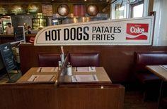 Last old-school diners Diners, Montreal, Old School, Heart, Image, Restaurants, Dining Rooms
