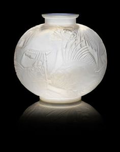 "René Lalique, ""Poissons""vase, design 1932. Bonhams : Decorative Arts from 1860"