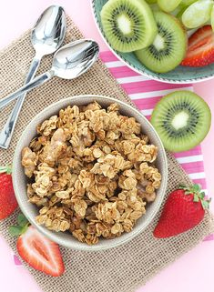 Coconut Candy Granola (Oil-free) | The Breakfast Drama Queen