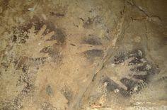 Pair of negative handprints, Wadi el-Obeiyd, Egypt. © David Coulson/TARA
