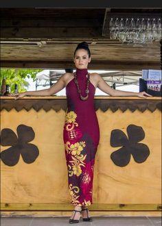 Beautiful dress Samoan Designs, Polynesian Designs, Island Wear, Island Outfit, Tropical Fashion, Tropical Dress, Different Dresses, Nice Dresses, Samoan Dress