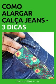 Como alargar calça jeans The Effective Pictures We Offer You About hallway decor A quality picture can tell you many things. You can find the most bea. Old Jeans, Denim Jeans, Diy Clothes Jeans, Diy Clothes Patterns, Jeans Refashion, Patchwork Jeans, Cut Off Jeans, Christmas Sewing, Diy Christmas