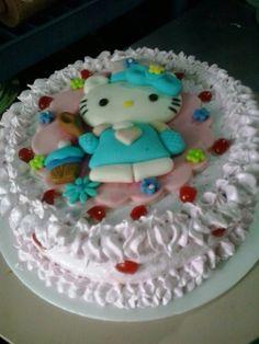 Torta hello kitti