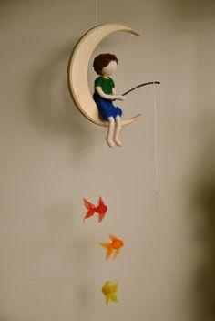 Móvil de niños Waldorf inspirado aguja de fieltro: el por MagicWool