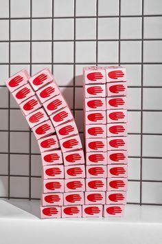 Blürb Studio's Krem Do Reki Hand Cream Packaging Label Design, Box Design, Print Design, Package Design, Food Packaging Design, Packaging Design Inspiration, Lettering, Typography Design, Candle Packaging