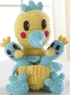 Mama Bird & Chicks Crochet Pattern