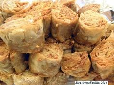 Aroma Vanillias: Καρυδο-σουσαμόπιτα, για να τους (και σας) γλυκάνουμε...