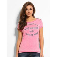 T-Shirt Love Angeles    Glitterlogo und Kontraststrass verleihen diesem vielseitigen T-Shirt besonderen Glanz. Das T-Shirt passt sich jedem Style an, aber der perfekte Mix ergibt sich in Kombination mit der Lieblingsjeans.    Schultern mit kontrastierendem Strassbesatz.  60% Baumwolle 40% Polyester.  Handwäsche....