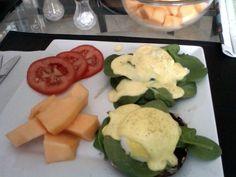Roasted Portabello Eggs Benedict #breakfast #brunch