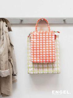 Tas Little Elephant Large - Engel. Reuse Plastic Bottles, Little Elephant, Flower Fashion, Your Best Friend, School Bags, Kids Fashion, Purses, Detail, My Love