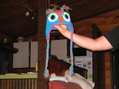 Crochet Owl Hat - Free by Teri Heathcote of Knot Your Nana's Crochet Owls Part 2 - Animal Crochet Pattern Round Up - Rebeckah's Treasures Crochet Owl Hat, Owl Crochet Patterns, Crochet Gifts, Cute Crochet, Crochet Baby, Knit Crochet, Ravelry Crochet, Crochet Animals, Crochet Character Hats
