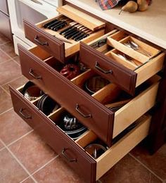 cutlery drawer, tiered drawer & drawers with dividers