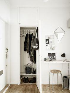 Les petites surfaces du jour : un bureau dans l'entrée