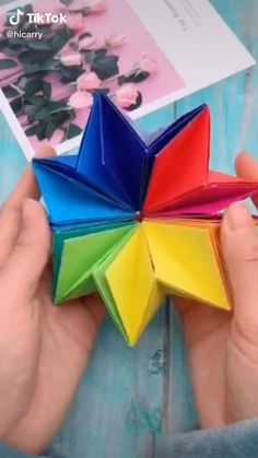 Cool Paper Crafts, Paper Flowers Craft, Paper Crafts Origami, Flower Crafts, Fun Crafts, Crafts For Kids, Stick Crafts, Diy Paper, Origami Toys