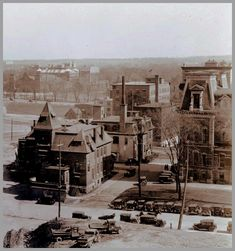 Taken from the Post Office on the Sappers and Dufferin Bridge, the photo from 1929 shows the fire department (on the left) and part of the old City Hall (right), destroyed by fire in 1931. Where the National Arts centre is now.