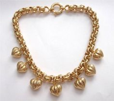 VINTAGE 80'S GOLD TONE PUFFBALL HEART CHUNKY CHAIN CHARM STATEMENT NECKLACE