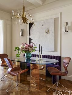 44 Creative Wall Decor Ideas to Try Now how to decorate large dining room wall - Dining Room Decor Dining Room Banquette, Dining Room Wall Decor, Banquette Seating, Dining Room Design, Dining Rooms, Creative Wall Decor, Modern Wall Decor, Contemporary Decor, Creative Design