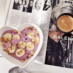 bananas + granola + smoothie {☀jordie follows back }