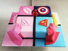 A different superheroes cake for a boy and a girl. So lovely with the combination of light and dark blue and pink. #superheroes #superboy #supergirl #captainamerica #superman #superwoman #batwoman #batman #supercape #superhero #quarters #superheros #superheroescake #marinascakeworld #canarywharf #canary_wharf #towerhamlets #towerhamletsmums #towerhamletsmum #isleofdogs #isleofdogslife #pink #blue #spiderman #sixyearold #instafood #τουρτα