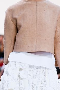 Chloé Spring 2013 Ready-to-Wear Fashion Show Details