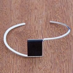 Dark Quartz Cuff Bracelet from Brazil, 'Modern Night' - Silber Bijoux Design, Schmuck Design, Jewelry Design, Sterling Silver Bracelets, Silver Earrings, Beaded Bracelets, Silver Ring, Earrings Uk, Bracelet Charms