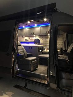Camper Awnings– Safeguard Yourself From The Rain When Camping – Locations To Camp Sprinter Van Conversion, Camper Van Conversion Diy, Volkswagen Bus, Volkswagen Transporter, 4x4, Ducato Camper, School Bus House, Camper Awnings, Van Home