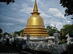 Golden dagoba .Sri Lanka