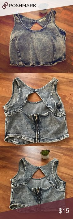 Acid wash denim crop top grey/blue - Size Small Cute denim crop top, acid wash, grey/blue denim. Perfect for festival season! Size small Tops Crop Tops