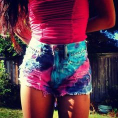 Vintage High waisted Tie Dye Shorts by Diannikco Stylish Outfits, Cool Outfits, Summer Outfits, Fashion Outfits, Fashion Styles, Tie Dye Outfits, Tie Dye Shorts, Cute Shorts, Tye Dye