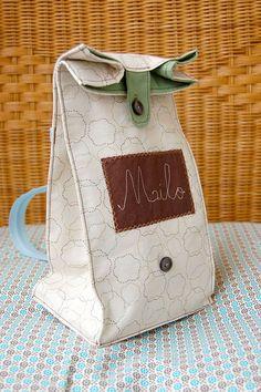 Обеденный рюкзак-пакет / Сумки, клатчи, чемоданы / Модный сайт о стильной переделке одежды и интерьера