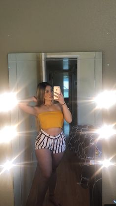 @ ladyqueendee Summer Outfits, Girl Outfits, Casual Outfits, Cute Outfits, Fashion Outfits, Womens Fashion, Look Plus, Curvy Girl Fashion, Fashion Killa