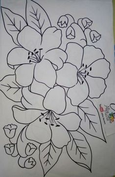 Pin By Brenda Labauve On My Pins Fabric Paint Designs Flower Fabric Painting Designs Quick And Easy Painting Project Design Super Drawing Patterns Ideas Fabrics 15 Ideas Drawing Fabric Diversos…Read more of Fabric Painting Patterns Embroidery Patterns Free, Hand Embroidery Designs, Embroidery Stitches, Shirt Embroidery, Pencil Art Drawings, Easy Drawings, Painting Patterns, Fabric Painting, Mosaic Patterns
