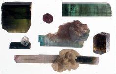 A variety of tourmaline. It is not used for detection of crystal radio, but is a natural mineral having a piezoelectric effect. There are many beautiful things. (from Kenji's collections)