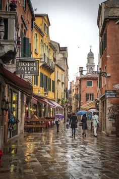 An great photo of #Venice Streets in #Italy a City of #European ||| The #ItalianCitys on World ...
