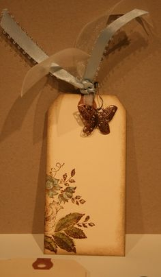 shabby chic tag, I can make that bit cuter. Like the idea