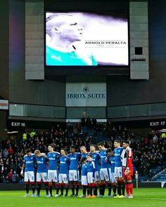 Rangers pays tribute to Arnold Peralta, 12-12-2015.