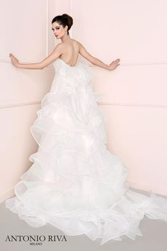 Antonio Riva #abitosposa2016   #abitoconrouches   #bride    #bridal   #sposa2016   #matrimonio   #matrimoniopartystyle   #wwwmatrimoniopartystyleit   #trovalocation   #location   #ricevimento   #wedding   #weddingconsultant   #nozze